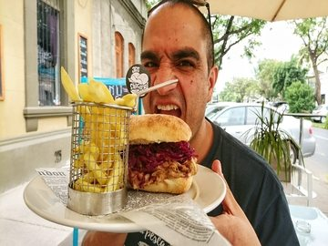 Sandwich Hams y Coffee Barrio Italia